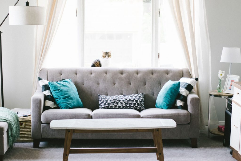 Easy Tips for Spicing Up Your Living Room